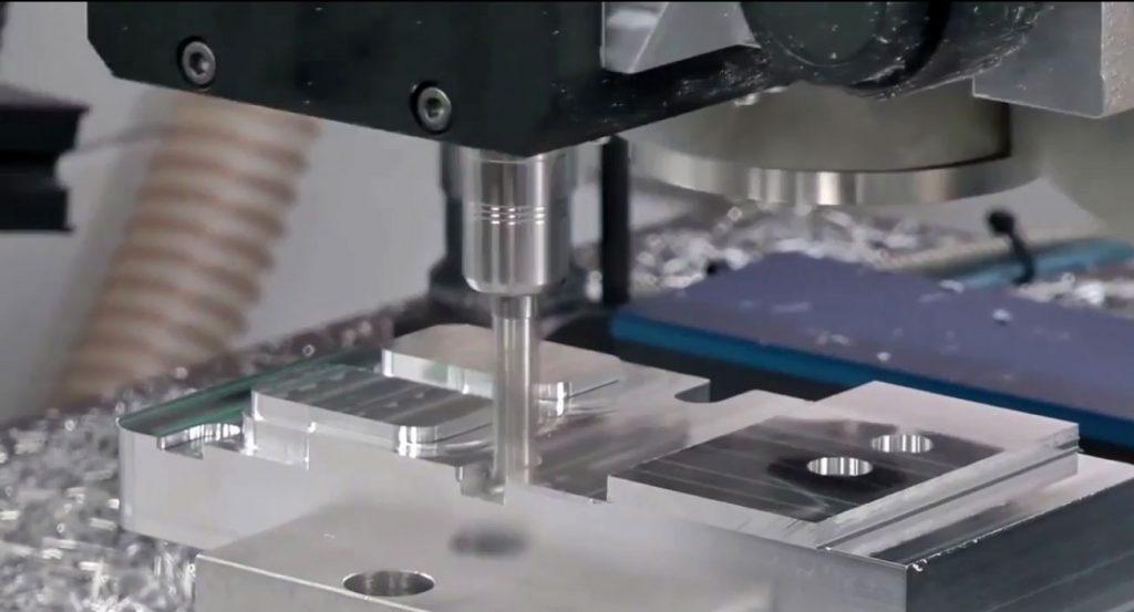 Fabricación y mantenimiento de equipo CNC BIGMAKER